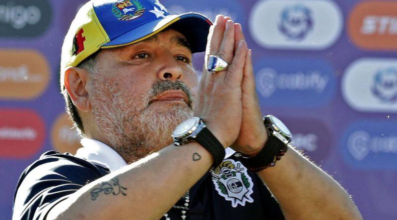 """Maradona: """"Tomo esta decisión con todo el dolor del alma»"""