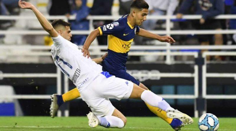 Boca consiguió un empate ante Vélez para continuar puntero